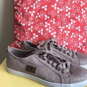 New G by GUESS Low Top Fabric Sneakers 10 M